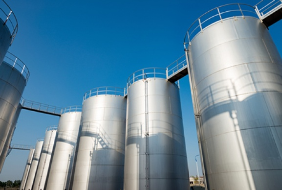 Joints basse température pour les réservoirs de stockage de solvant pour les semi-conducteurs