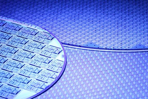 Semi-conducteurs, écrans plats et cellules solaires